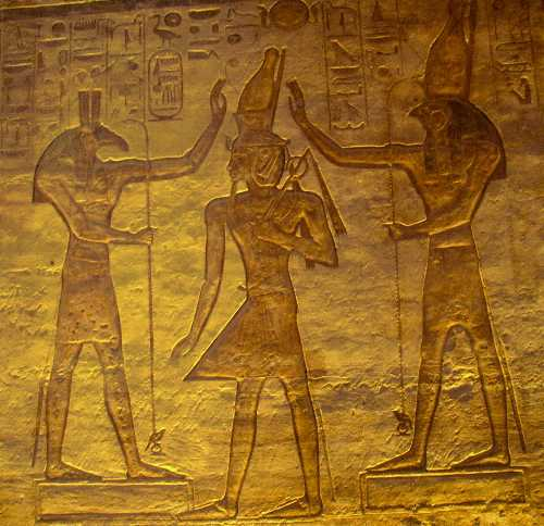 الفراعنة احتفلوا بالحب منذ آلاف السنيين