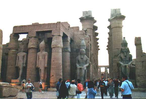 إفتتاح مشروعات سياحية جديدة بمدينة الأقصر