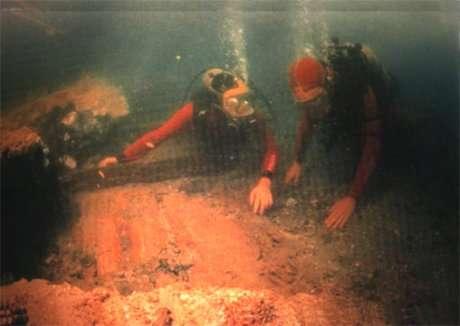 ايطاليا تجرى بحث للآثار الغارقة بجزيرة نيلسون
