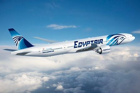 مصر للطيران تطلق 1435 رحلة لنقل المعتمرين