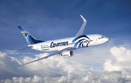 مصر للطيران تضاعف رحلاتها إلى ليبيا