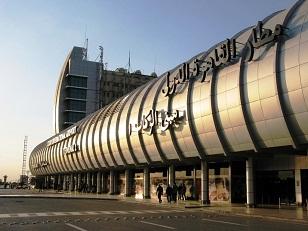 مغادرة وفد منظمة الصحة العالمية بعد تفقده مطار القاهرة