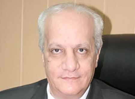 وزير الآثار ينهى ندب جميع المستشارين فوق السن القانونية لإعطاء الفرصة للشباب