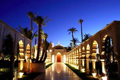 أوتكر تفتتح فندق -لو بريستول أبوظبي- عام 2013