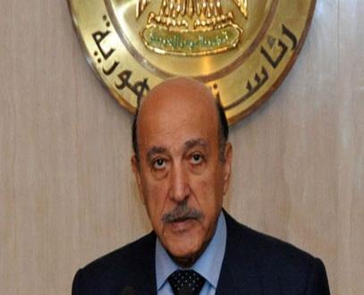 جوازات مطار القاهرة تمنع أبنتي عمر سليمان من السفر تنفيذا لقرار الكسب غير المشروع