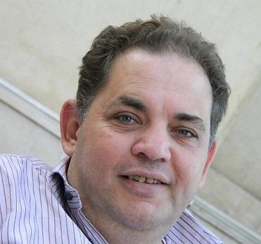 وفاة الصحفى أشرف البيومي في المغرب