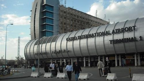 القبض علي 13 مسافر الي ليبيا وإيطاليا بمطار القاهرة بتأشيرات مزورة