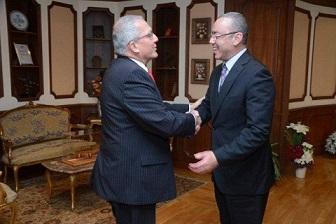 وزير الطيران المدني يلتقي سفيري ألمانيا ومالطا