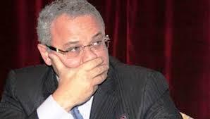 وزير السياحة يتابع مشكلة وقف منح 50 ألف تأشيرة للمعتمرين المصريين