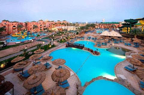 إتحاد منظمى الرحلات الدولى يقرر استئناف برامجهم السياحية لمصر عام 2015