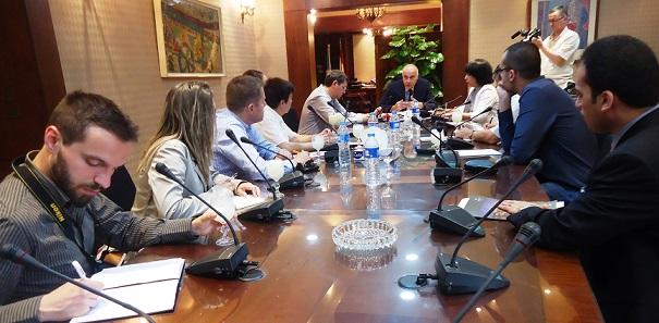 وزير السياحة يستعرض مع وفد إعلامى  بلغارى خطة القطاع