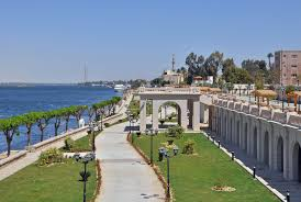 وزارة السياحة تدعم الأقصر ب 7 مليون و100 الف جنيه للرصف والتجميل