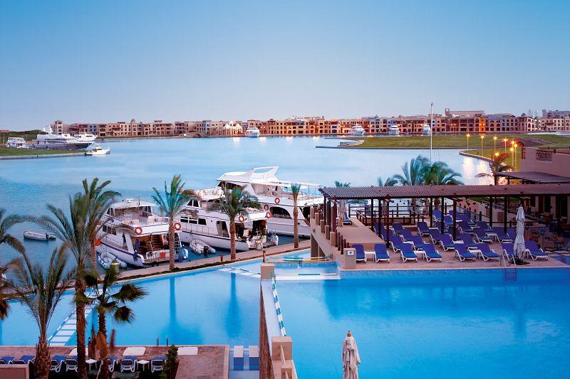 مصر أفضل وجهة سياحية فاخرة للسفر في العالم