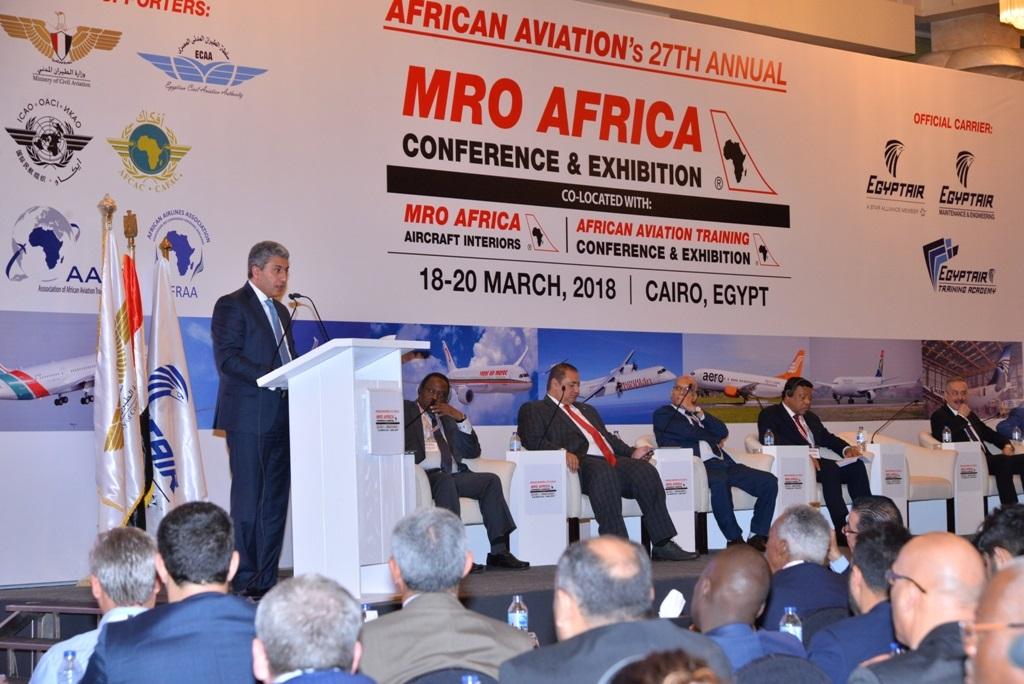 - توقيع اتفاقية بين -مصر للطيران للصيانة- و-الخطوط الكينية