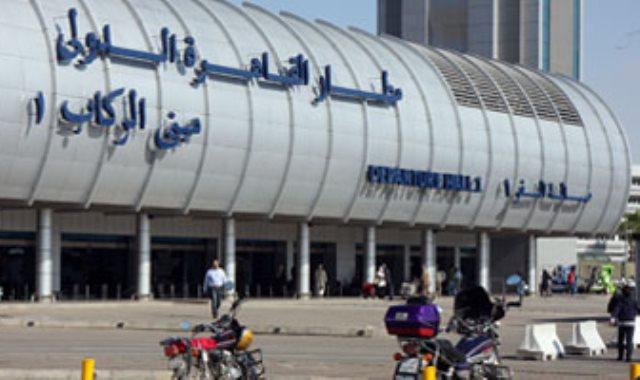 مطار القاهرة: ضبط 26 هاربا من تنفيذ أحكام قضائية
