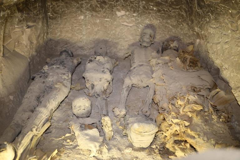 الكشف عن مقبرة -ثاو ار خت اف- بالاقصر