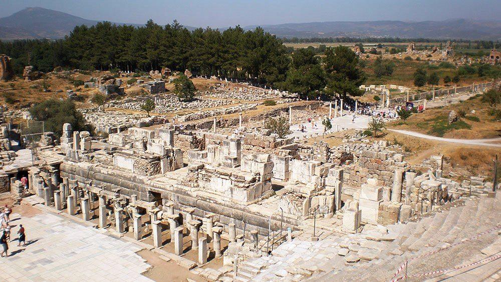 أفسس .. روعة المدن الإغريقية القديمة