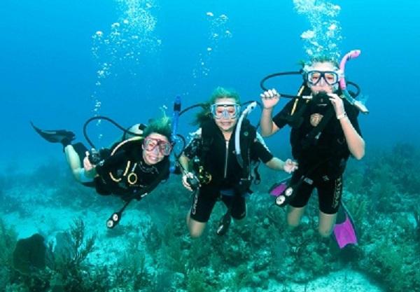 حظر سياحة الغوص والأنشطة البحرية لمدة ثلاثة أيام