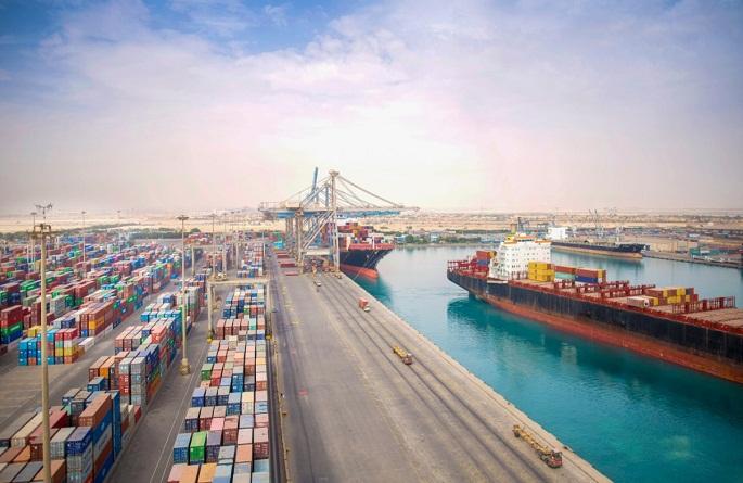موانئ دبي العالمية السخنة توقع عقد إنشائي ب 1.6 مليار جنيه