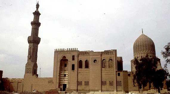 مسجد وقبة وحمام.. كنوز السلطان إينال