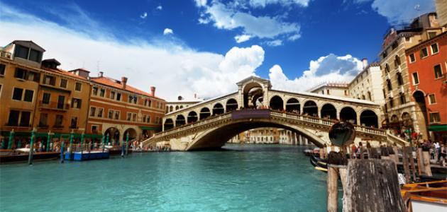 إيطاليا تغلق أبوابها أمام السياح البخلاء: ادفعوا أولاً ثم ادخلوا البندقية