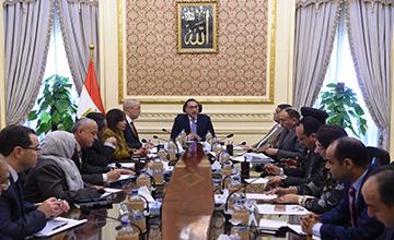 رئيس الوزراء يٌتابع مشروعات المرحلة الأولي بالعاصمة الإدارية الجديدة