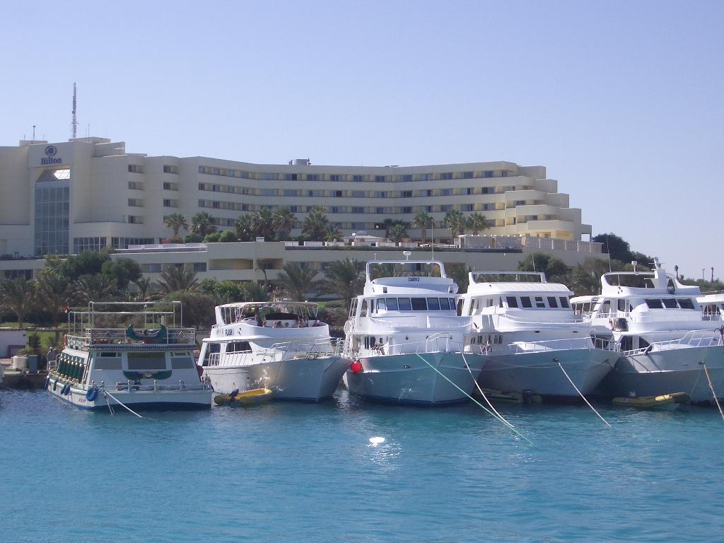 مدن البحر الأحمر السياحية  -ج1-
