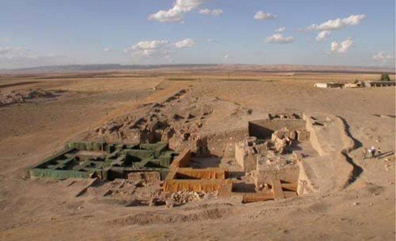 عاصمة النحاس الأسطورية التي نجت من السلب والنهب