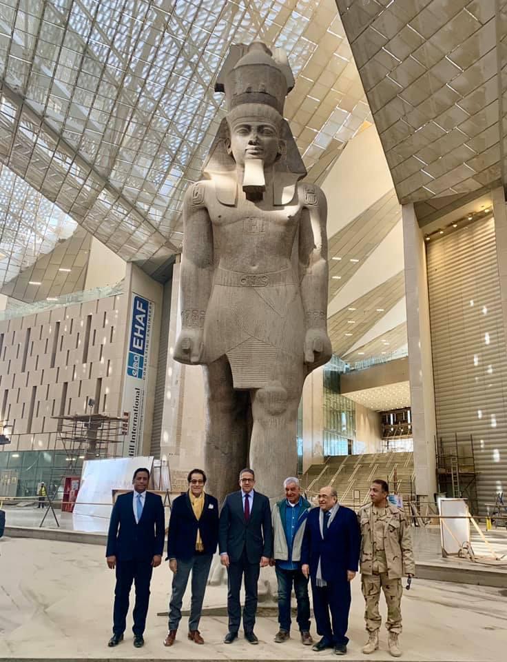 فاروق حسني وزير الثقافة الأسبق يزور المتحف المصري الكبير