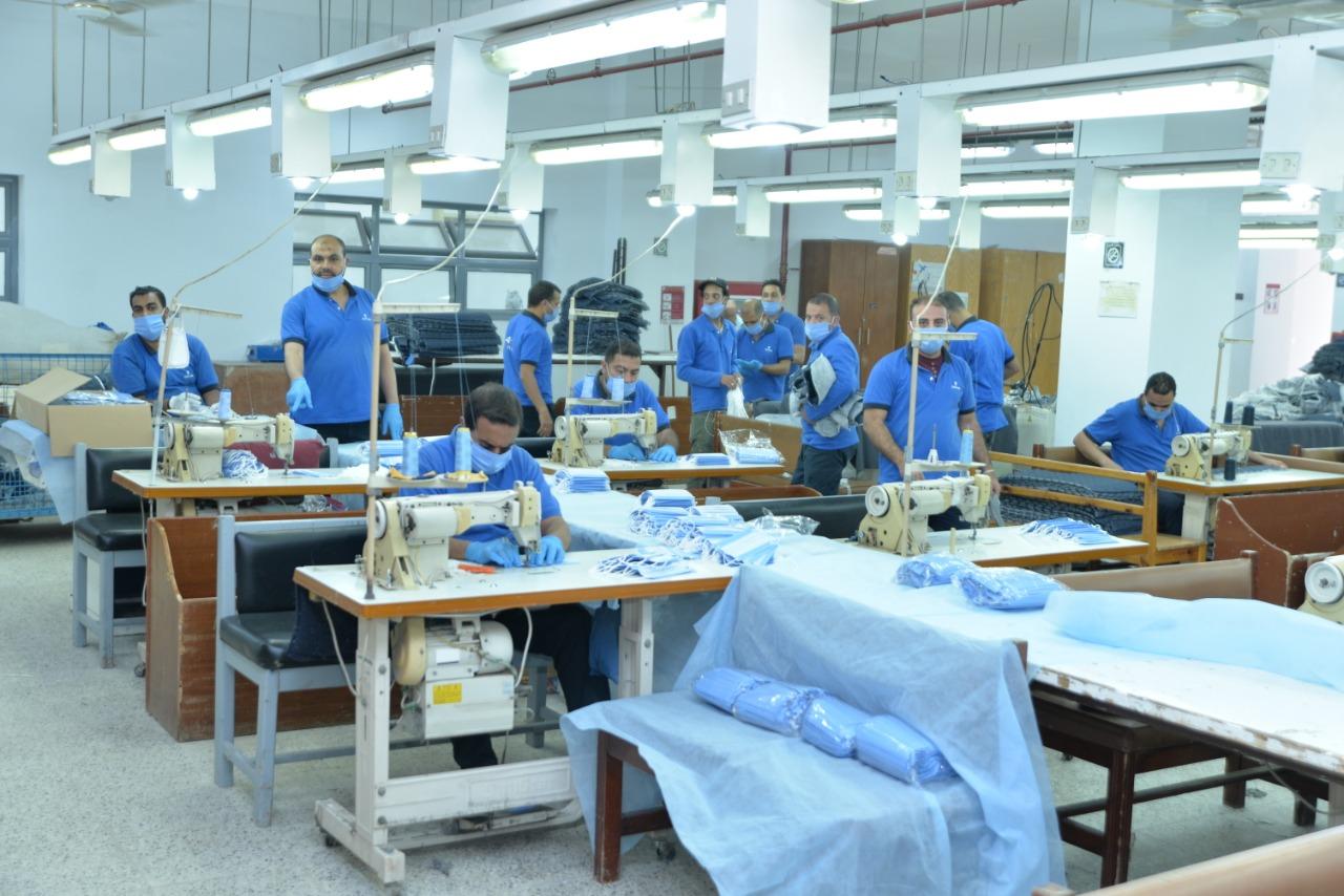 مصرللطيران تقدم٥٠٠٠ قطعة قماش مستلزمات لمستشفيات عزل مرضى كورونا