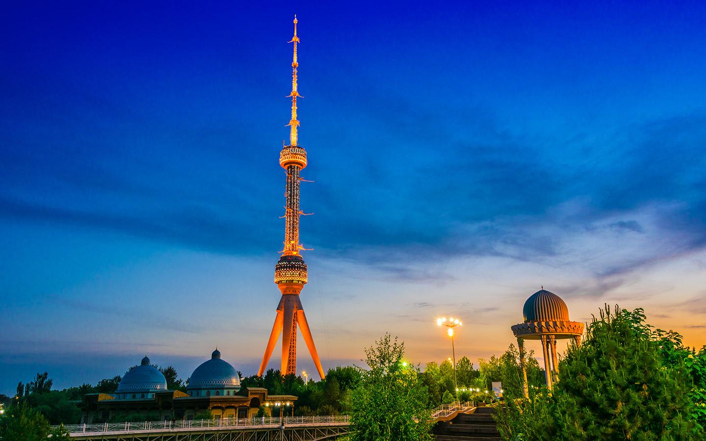 أوزبكستان ترحب بالجميع و3 آلاف دولار لكل سائح يزور البلاد