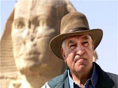 زاهى حواس لـ إيلون ماسك: المصريون -بناة الأهرامات-