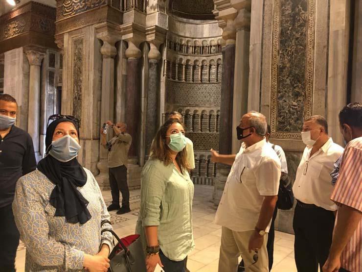 قيادات -السياحة والأثار- تتابع تطبيق إجراءات السلامة والوقاية بالمواقع والمتاحف