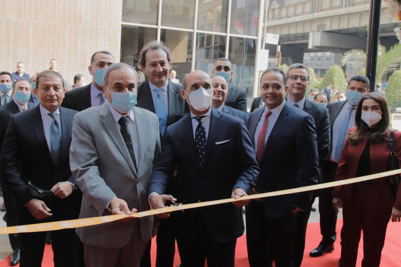 -بنك القاهرة- يفتتح فرعه الـ  242 بمبنى مؤسسة الأهرام