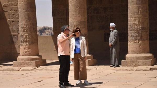 وزير السياحة ومدير اليونسكو يقومان بجولة بأسوان