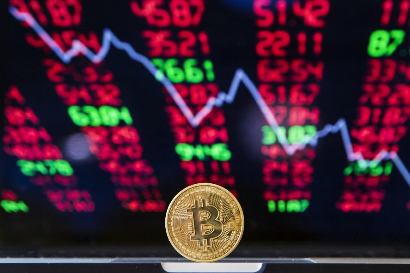 المضاربة في سوق العملة وأثرها على العملة المحلية