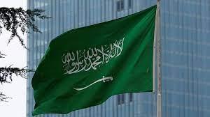 السعودية ترفع حظر دخول القادمين من 11 دولة