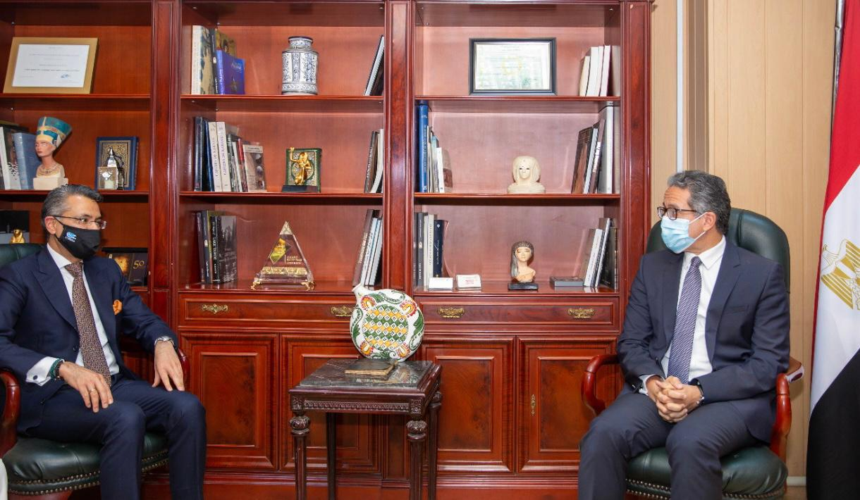 العناني  يستقبل الرئيس التنفيذي لشئون العمليات في الشرق الأوسط بشركة ماريوت