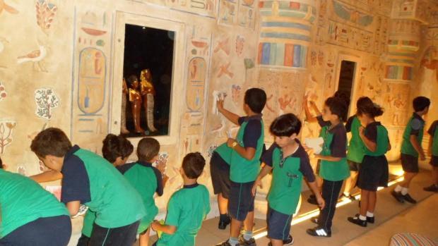 أطفال متحف الطفل فى ضيافة مركز تدريب مصر للطيران