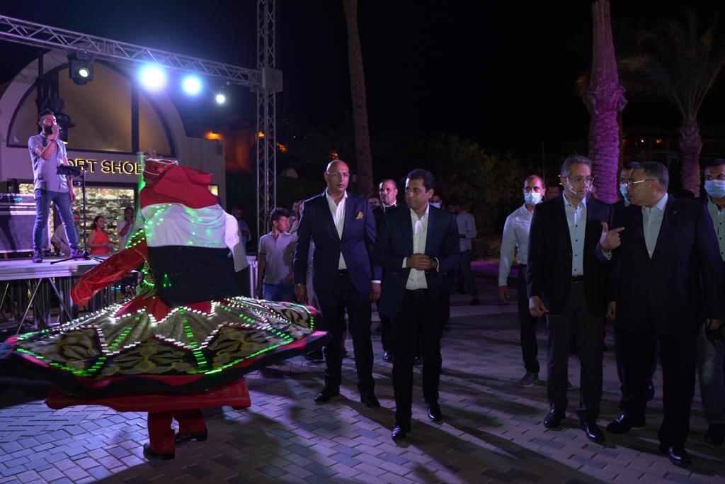 وزير السياحة والآثار يشارك في ختام احتفالات البحر الأحمر بيوم السياحة العالمي